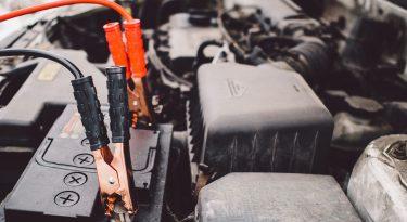 کنترل و مراقبت باتری خودرو